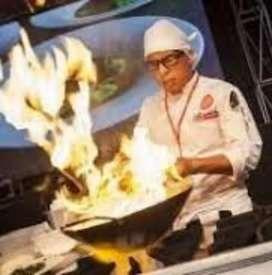 SOLICITO cocinero o Cocinera en pescados y mariscos y otro comida criolla norteña en los olivos