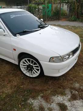 Vendo lancer glxl no negociable