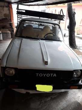 Vendo Toyota Stout 1985