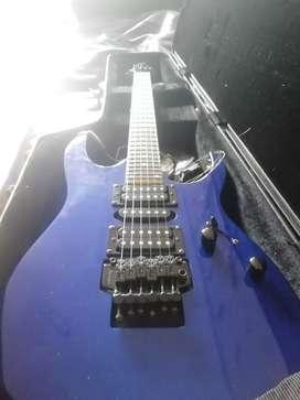 Guitarra eléctrica Ibanez Gio en perfecto estado y funcionamiento incluye estuche duro perfecto