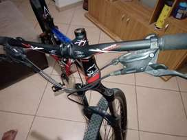 Se vende !!bicicleta venzo primal Solo Interesados..