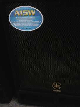 Yamaha A15W Cajas de Audio EL PAR de cajas de graves