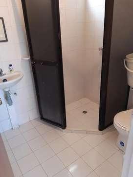 Se arrenda apartamento