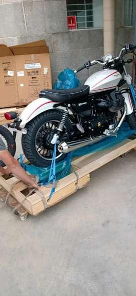 Moto Guzzi V9 - Roamer