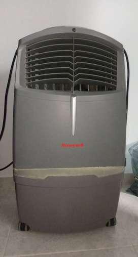se vende enfriador de aire marca Honeywell