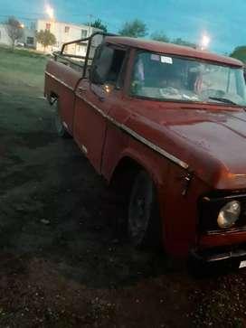 Camioneta Dodge 100 modelo 1975 con Perkin 4