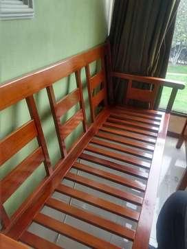 Muebles de madera usados. Pago contraentrega.