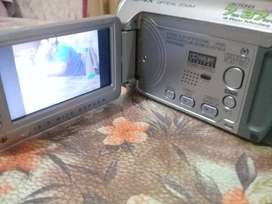 Filmadora JVC Everio GZ-MG130UA  30Gb HDD