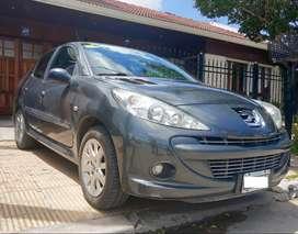 Peugeot 207 Compact Sedan Feline 1.6 2013