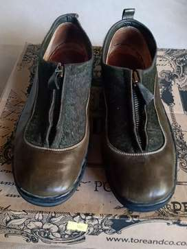 Zapatos de cuero número 38
