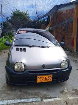 Renault Twingo, vendo o permuto por Clio