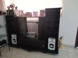 Se vende mesa para tv y sonido color negro