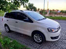VW SURAN 1.6 COMFORTLINE 2014 IMPECABLE