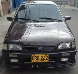 Mazda 323 en excelentes condiciones
