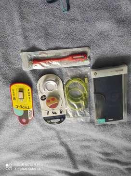 estuche A50,cable de cargador verde, linterna USB ,popclip y adaptador de USB para teléfono de tipo C