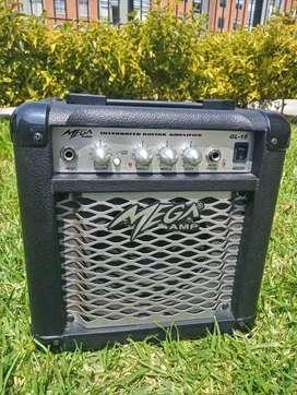 Amplificador de Guitarra Eléctrica/electroacustica, 15 watts, excelentes condiciones