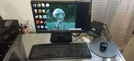 Vendo computador de mesa le falta el cable q coneta la pantalla pero lo entrego ensayado