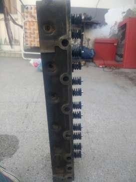 vdo tapa de cilindro de mercedito 3500/1112 ,usada ,buena