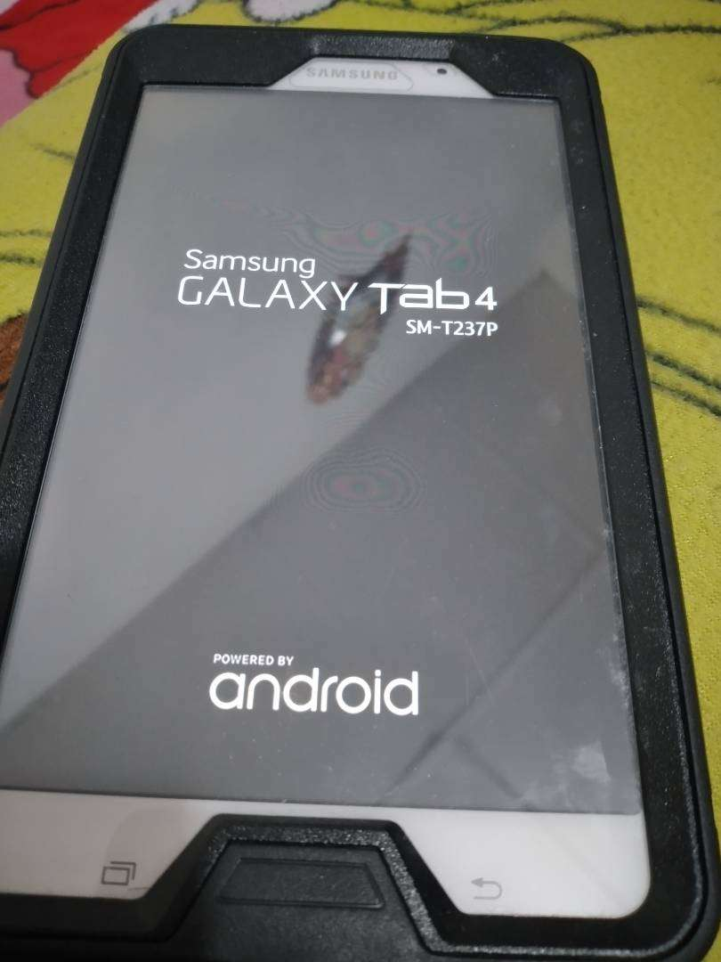 Tablet Galaxy Tab4 0