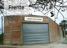 Vendo Amplio Galpon, con oficina y sanitario. Garage. Exelente ubicacion, con entrada y salida para camiones. 10x45 m.