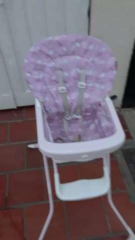 Económica silla de bebé