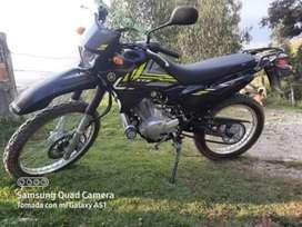 Se vende moto como nueva papeles al dia