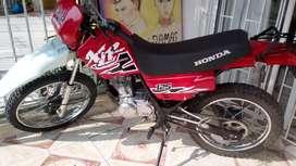 Vendo honda 125 XLR