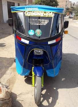 Se vende mototaxi en muy buen estado