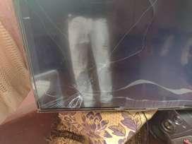 Televisor Challenger Smart pantalla quebrada .. villeta Cundinamarca y Madrid Cundinamarca