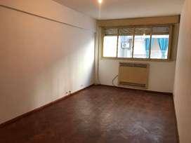 VENTA Departamento 2 dormitorios , Corrientes 900, contrafrente
