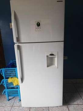 Refrigeradora Samsung No Frost