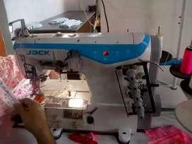 Se ofrece taller de confecciones para tejido de punto