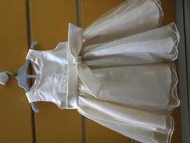 Remato vestido de fiesta para niña bebé