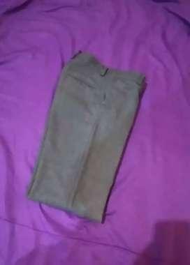 Pantalon gris escolar talle  10, 14 16 y M