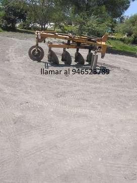 Implemento para tractor agrícola