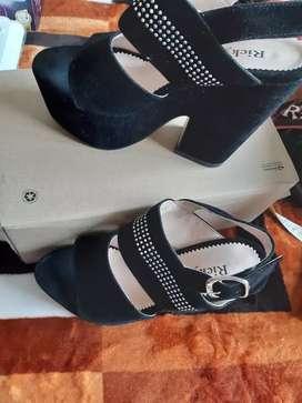 Zapatos altos de mujer numero 38