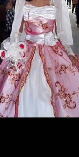 Alquilo Dos Vestidos de Primera Comunión