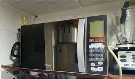 Vendo horno microondaswhirpool