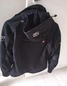 Se vende chaqueta ADT para mujer