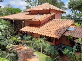 Vendo Casa de Campo con Lote en Pereira, Risaralda