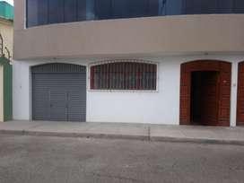 Alquiler local comercial por Club de abogados 140m2
