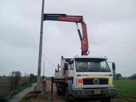 Servicio de grua y instalacion de poste de concreto nuevos y usados