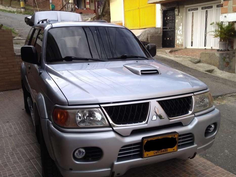 mitsubishi nativa - diesel 4 x 4