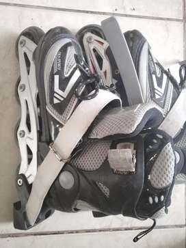 Patines de 4 ruedas más casco