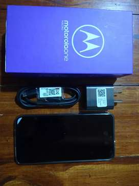 Moto One Macro