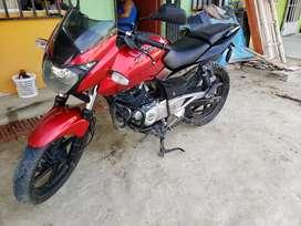 Vendo Moto Pulsar 180 por Viaje