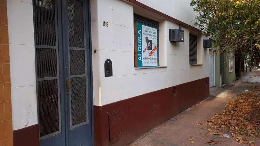 Ituzaingo  1100 -  23.000 - Casa Alquiler 0