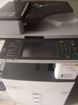 Fotocopiadora ricoh mp2352