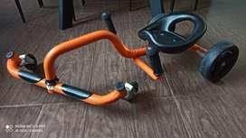 Carro montable niños/ Three wheeler/ patineta impulso