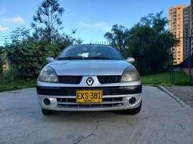 Se vende Renault Simbol excelente estado